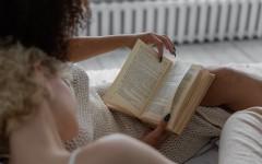 25 книг, которая должна прочитать каждая женщина к 25 годам