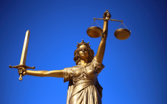 Важная памятка от юриста: законы РФ, которые должна знать каждая женщина