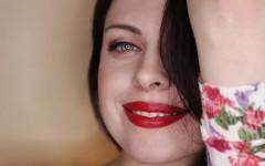 «Всегда можно красиво выйти из ситуации»: Альбина Холгова рассказала о правилах этикета на первом свидании