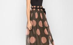 Длинные юбки на лето: советы по выбору и сочетаниям