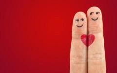 Кому из знаков зодиака повезёт в любви этим летом?