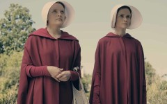 Разбираем наряды и символизм в одежде героинь сериала «Рассказа служанки»