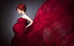 Кровотечение в первой или второй половине беременности – что делать?