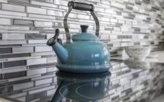 Как очистить чайник от накипи: 3 простых и действенных способа
