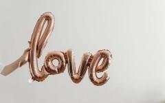 Психолог назвал 7 мифов о любви, в которые многие продолжают верить