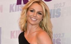 «Я в порядке»: Бритни Спирс пытается успокоить поклонников, но они ей не верят