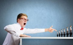 Как противостоять начальнику-манипулятору, или рабство давно отменили