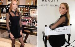Кейт Мосс делится с дочерью рекомендациями по нанесению макияжа