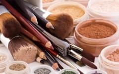 Мифы о минеральной косметике: кому она не подходит?