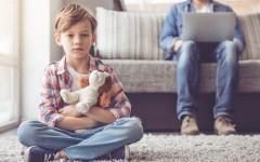 5 психологических травм из детства, которые отравляют нашу жизнь сейчас