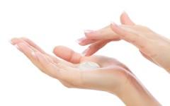 10 домашних увлажняющих и питательных масок для сухой кожи рук