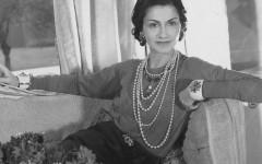 Из нищенки и сиротки до самой влиятельной женщины XX века в мире моды: история успеха Коко Шанель