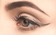 Как сделать из теней подводку и другие секреты макияжа