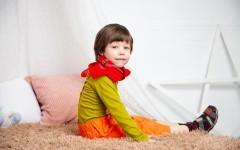 «Хотим взять ребёнка из приюта»: чем отличается опека от попечительства, льготы и пособия, права и обязанности опекуна