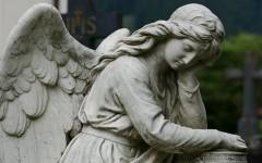 Как часто и когда нужно и можно ездить на кладбища к близким?