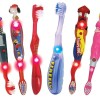 Первые зубные щетки для детей и все, что необходимо для приучения маленького ребенка к гигиене зубов
