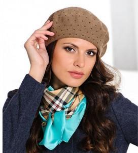 Модные головные уборы на осень 2012: шапки, кепки, береты