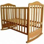 Выбираем детскую кроватку для новорожденного