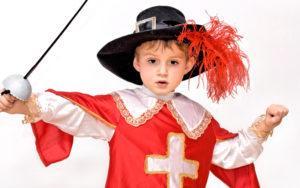 Новогодние костюмы для девочек и мальчиков - как сделать карнавальный костюм для детей-школьников своими руками