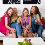 Подарки на Новый год подруге или сестре - идеи оригинальных подарков девушкам на Новый год!