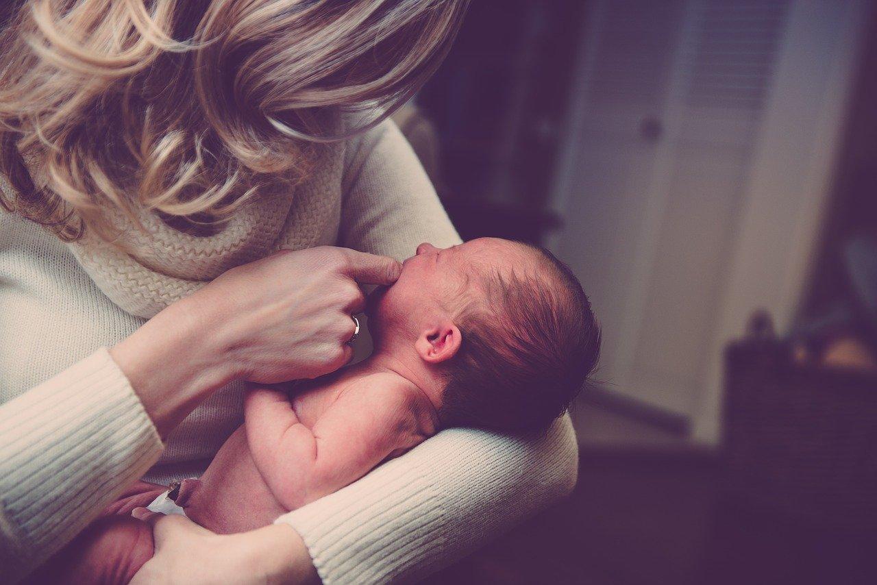 новоррождённый