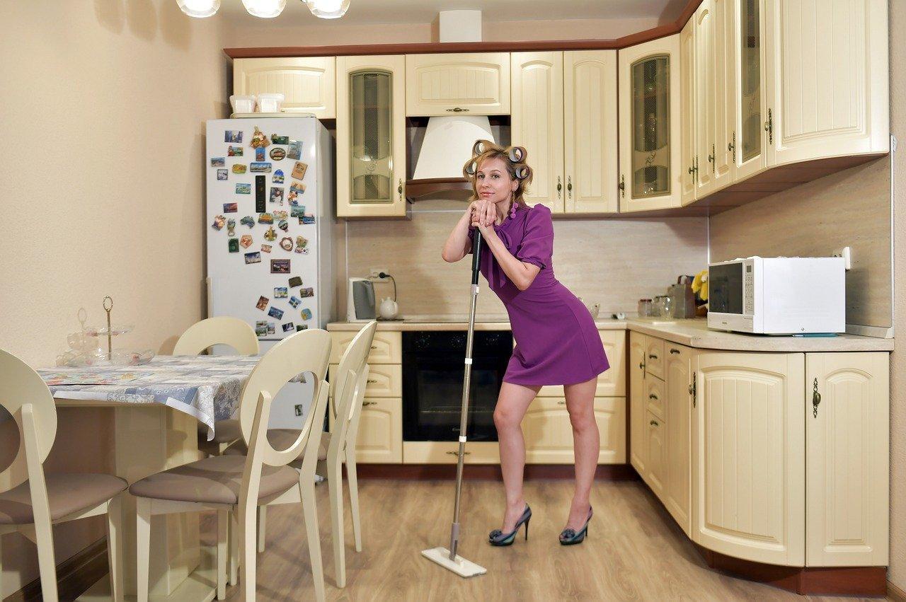 Убираем квартиру каждый день и не тратим выходные на уборку: идеальное расписание на неделю