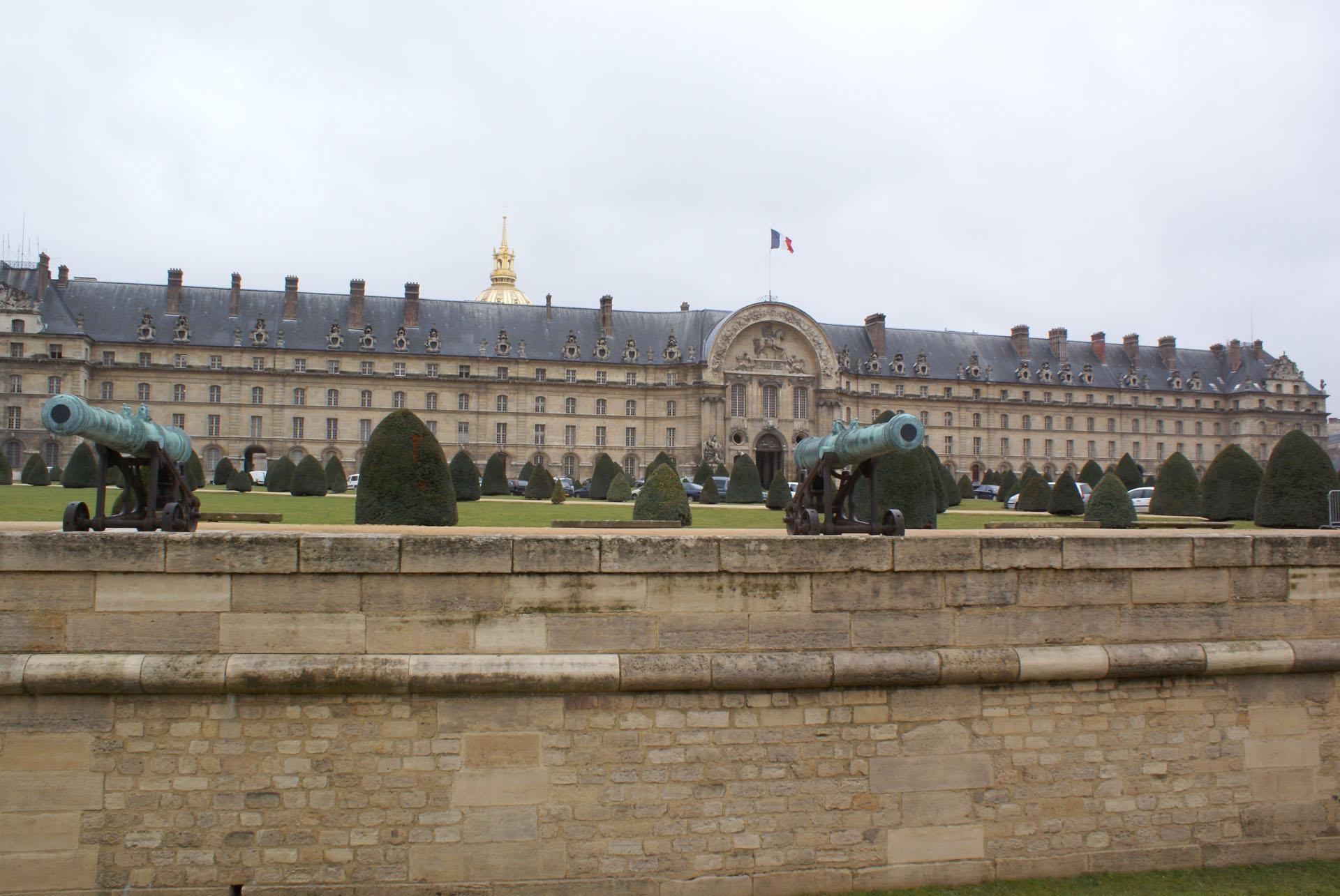 Париж в апреле для путешественников - Дом инвалидов