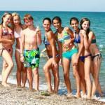Стоит ли отправлять ребенка школьника 11-14 лет в детский лагерь