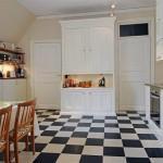 Напольное покрытие для кухни - ПВХ-плитка