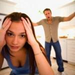Почему мужчина ревнует женщину