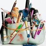 Что должно быть в женской косметичке для дамской сумочки?