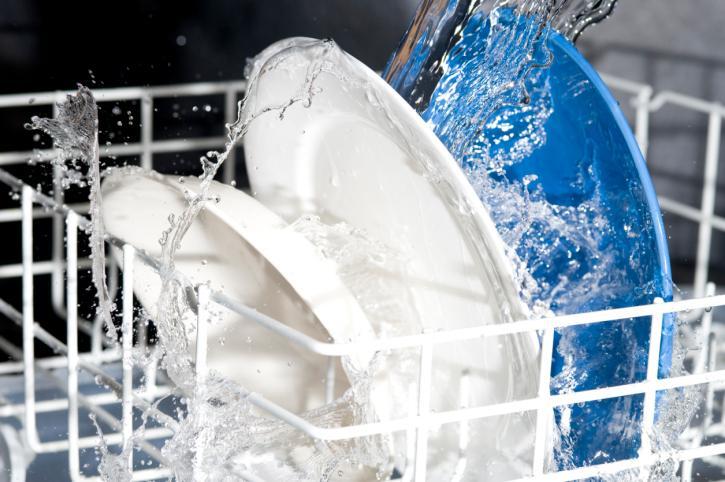 Преимущества посудомоечной машины