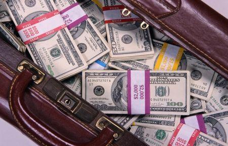 Новое в правилах провоза валюты через границу 2013