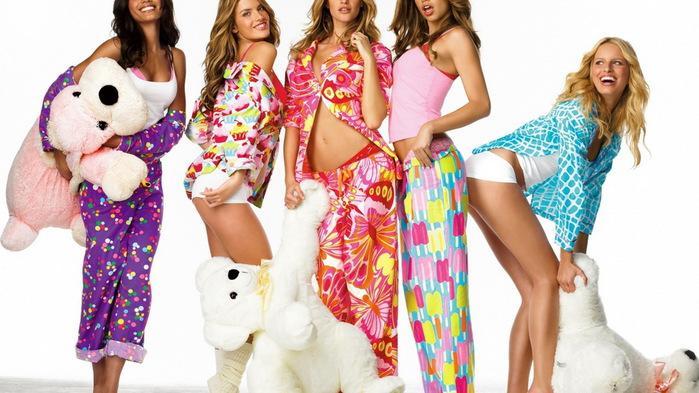 Модная женская одежда для дома