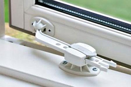 Безопасность детей дома - блокираторы для окна