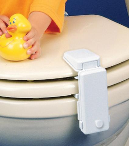 Безопасность детей дома - блокиратор для унитаза