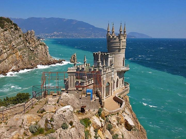 Бюджетный отдых в мае в Крыму и на Черном море