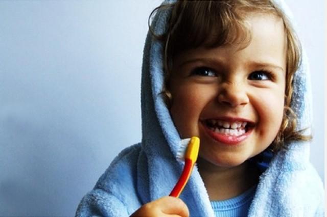 Способы заставить ребенка чистить зубы