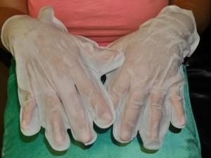 Как делать маски для рук дома?