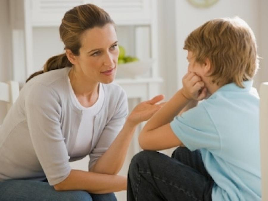 Чем заменить физические наказания ребенка в семье?