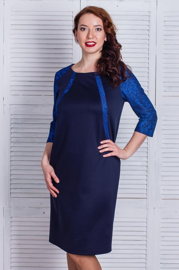 Платье трикотажное прямое с рукавами 3/4 LacyWear