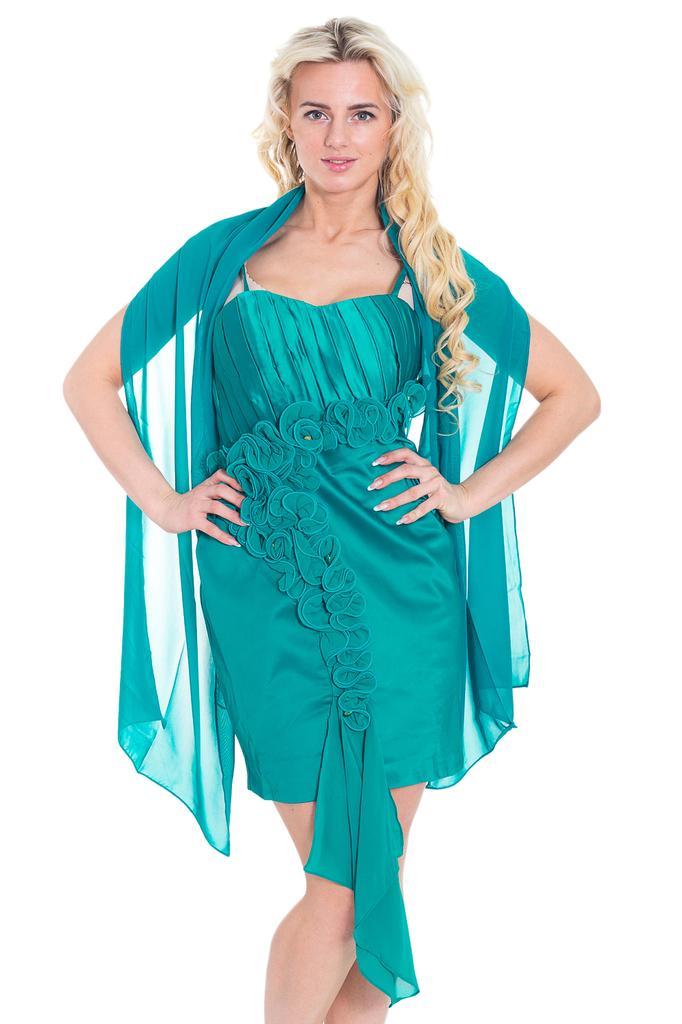 Платье короткое атласное с открытыми плечами, декором и накидкой LacyWear
