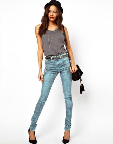 Брюки и джинсы с завышенной талией
