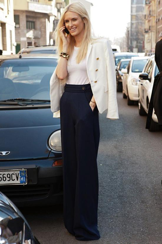 Джинсы с высокой талией в сочетании с пиджаком или блейзером