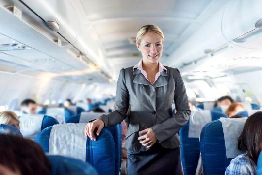 Как и где выучиться на стюардессу?