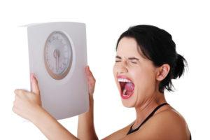 Вес не уходит, я не худею - почему, и что делать?