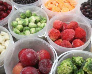Как правильно замораживать на зиму овощи, фрукты и зелень?