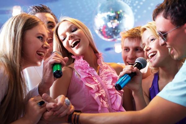 Развлечения и конкурсы на встречу Нового 2017 Года Петуха