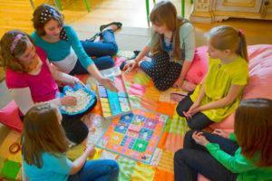 Игры в помещении для детей 10-14 лет
