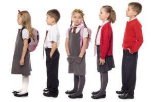 Одежда для школы - как выбрать правильно для мальчиков и девочек?